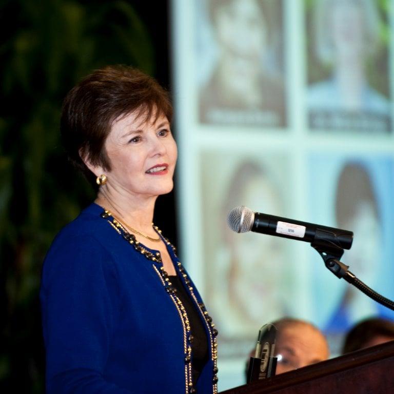 Hall of Fame Photo - Shirley Raines