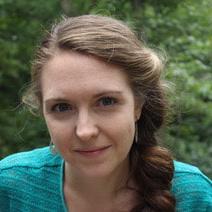 Square Headshot - Sarah Maynard